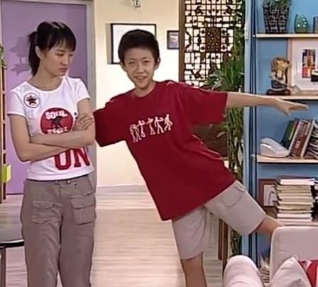 Những sao nhí dậy thì thành công của showbiz Trung Quốc - Ảnh 4.