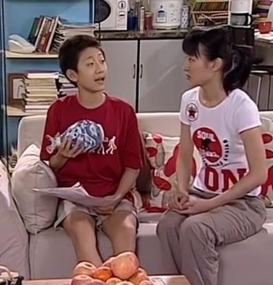 Những sao nhí dậy thì thành công của showbiz Trung Quốc - Ảnh 5.