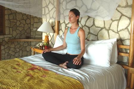 9 thói quen trước khi đi ngủ giúp bạn khỏe mạnh và yêu đời - Ảnh 9.