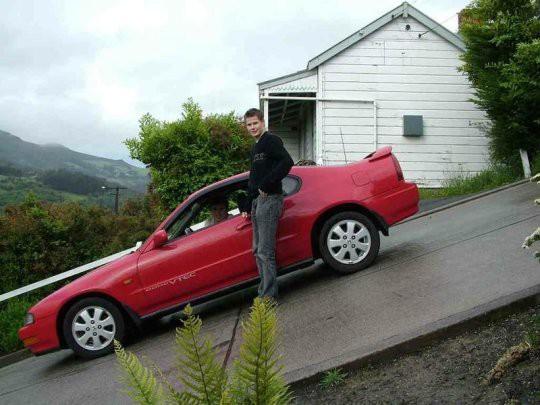 Cận cảnh con phố 'dốc nhất thế giới' - Ảnh 8.