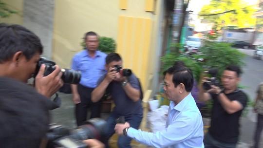 Ban tay trai ong Nguyen Huu Linh vo hai co co so nao de xu ly khong