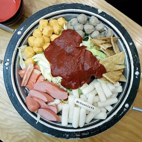 Món ngon khu Chùa Láng cho dân văn phòng thích ăn vặt - Ảnh 4.