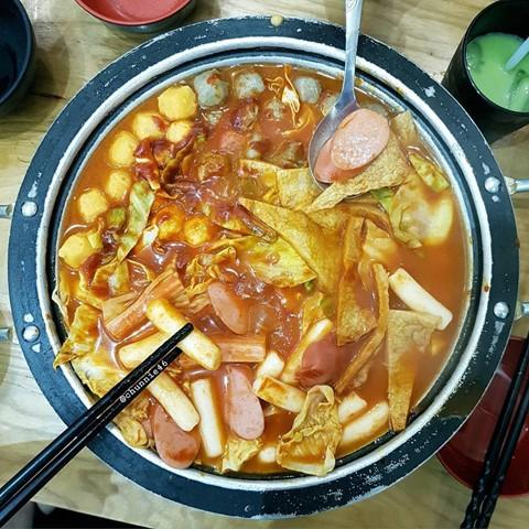 Món ngon khu Chùa Láng cho dân văn phòng thích ăn vặt - Ảnh 5.