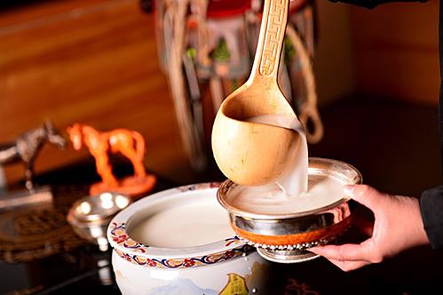Nơi người dân uống trà sữa nhiều hơn nước - Ảnh 5.