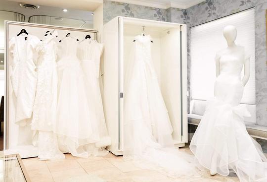 PHUONG MY Bridal liên tiếp ra mắt ấn tượng tại New York và London - Ảnh 1.