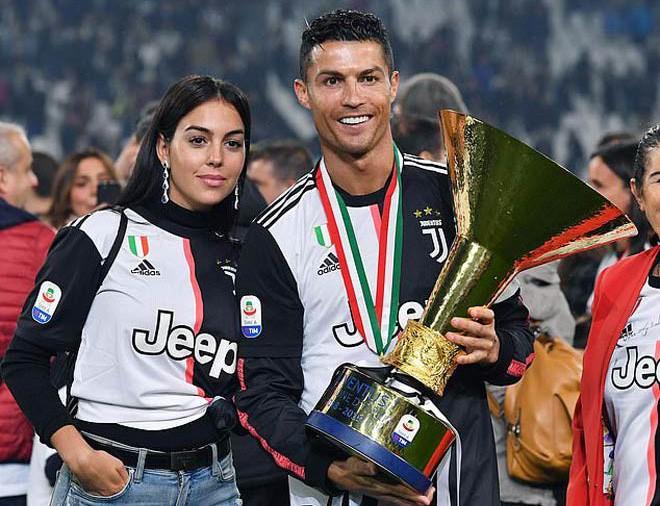 Van Dijk mơ lật đổ Messi, Ronaldo ở FIFA The Best 2019 - Ảnh 7.