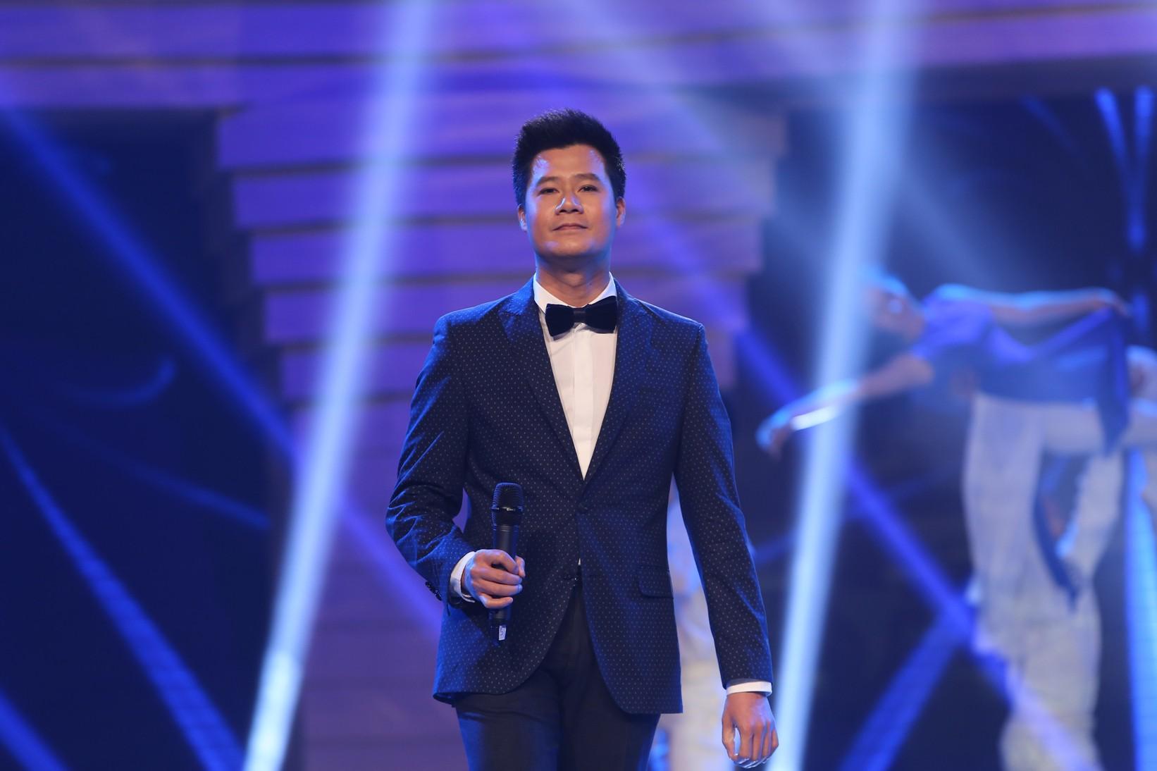 [eMagazine] - Ca sĩ Quang Dũng: Trong tôi tràn ngập sự biết ơn giải Mai Vàng - Ảnh 7.