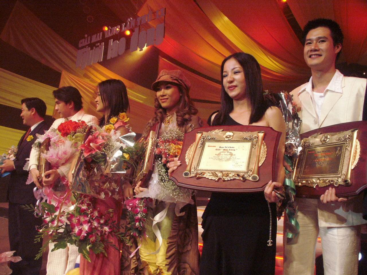 [eMagazine] - Ca sĩ Quang Dũng: Trong tôi tràn ngập sự biết ơn giải Mai Vàng - Ảnh 1.