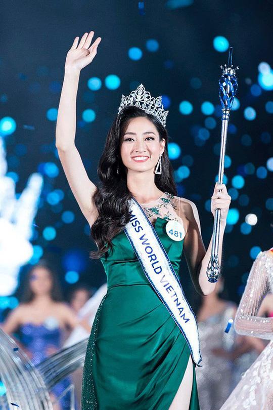 Vì sao Hoa hậu Thế giới Việt Nam 2019 Lương Thùy Linh phải khóa Facebook? - Ảnh 1.