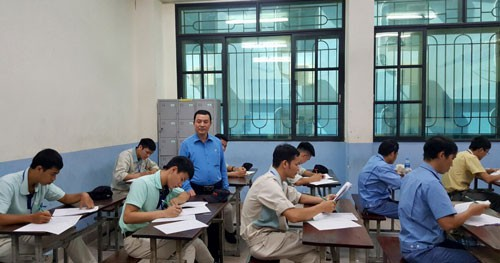 Hà Nội: Thúc đẩy phong trào Ôn lý thuyết, luyện tay nghề, thi thợ giỏi - Ảnh 1.