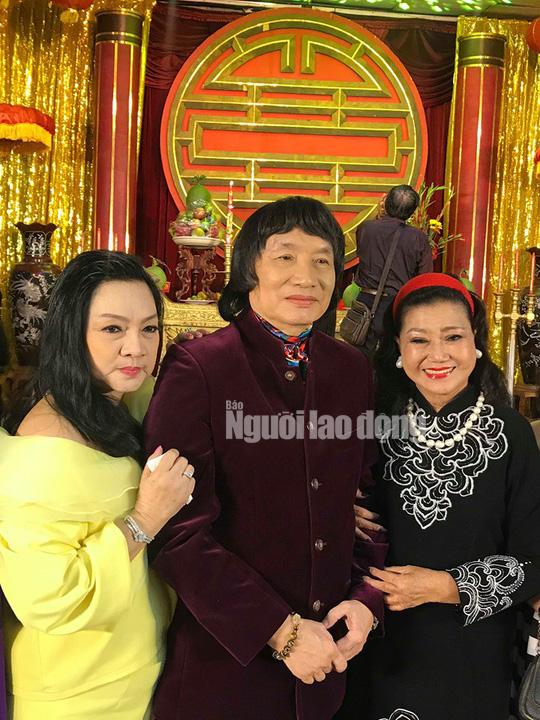 NSND Minh Vương tri ân đồng nghiệp trong ngày giỗ Tổ sân khấu - Ảnh 4.