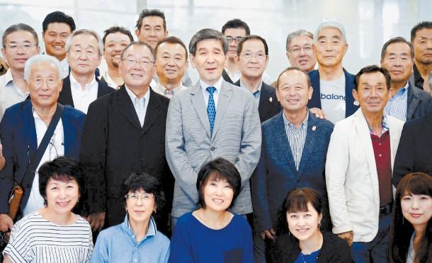 Bao Han Quoc: Ong Kim Jong-un moi ong Donald Trump toi Binh Nhuong