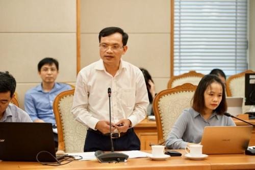 Ông Mai Văn Trinh, Cục trưởng Cục Quản lý chất lượng, Bộ GD-ĐT báo cáo về đổi mới thi