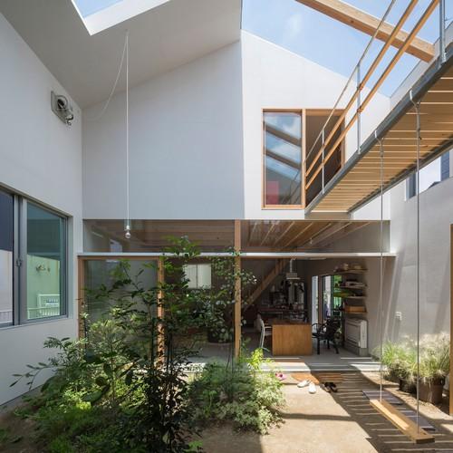 Độc đáo ngôi nhà thiết kế lạ, xóa ranh giới giữa nội thất và ngoại thất - Ảnh 1.