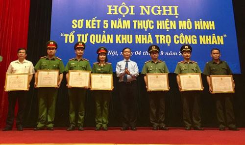 Hà Nội: Xây dựng môi trường sống an toàn cho công nhân ở trọ - Ảnh 1.
