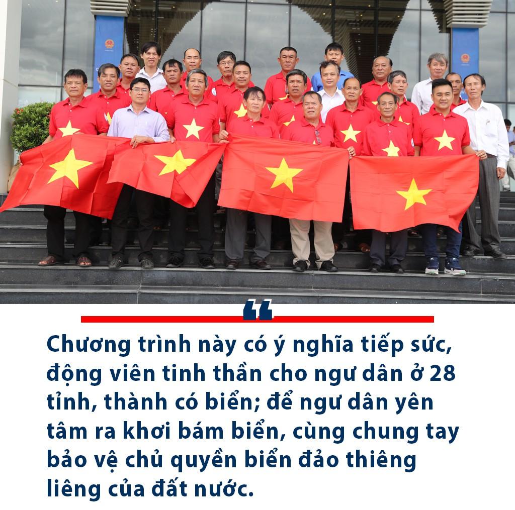 [eMagazine] Hãnh diện khi được Thủ tướng trao cờ Tổ quốc - Ảnh 3.