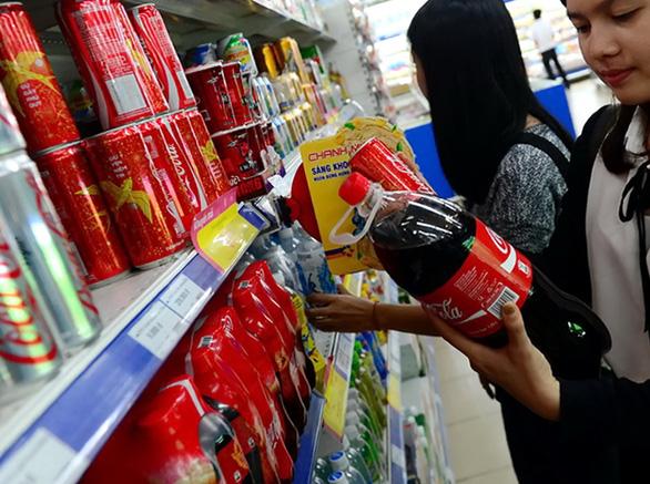 Coca-Cola Việt Nam bị truy thu, xử phạt về thuế hơn 821 tỉ đồng - Ảnh 1.