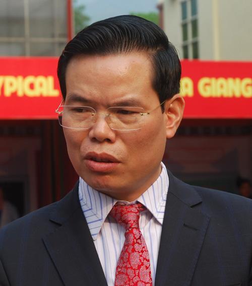 Bộ Chính trị kỷ luật hai ông Hoàng Trung Hải và Triệu Tài Vinh - Ảnh 2.