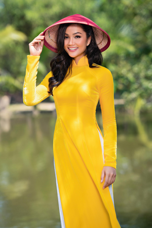 [eMagazine] - Thuận Việt: Người đàn ông giữ hồn áo dài Việt - Ảnh 2.