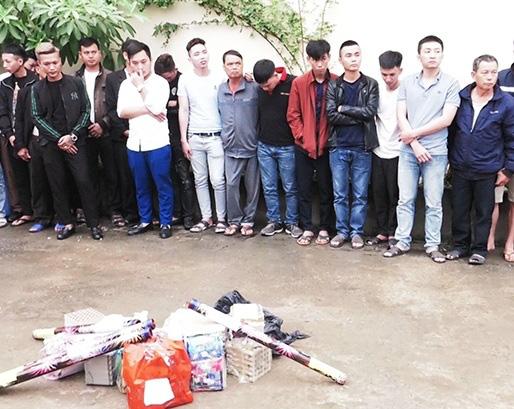 Hà Tĩnh, bắt 121 người tàng trữ, đốt pháo trong đêm giao thừa - Ảnh 1.
