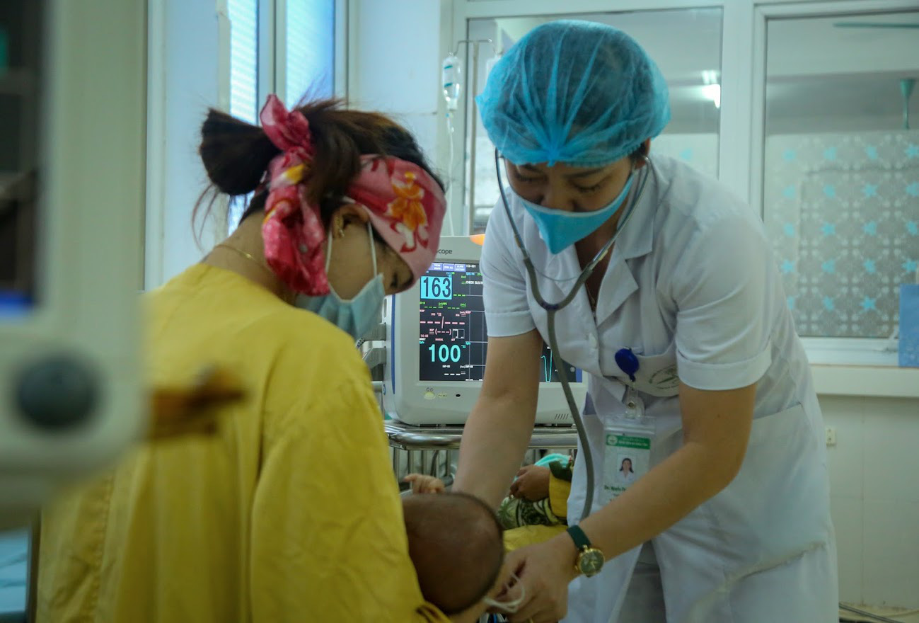 Conclusion of a 2-month-old girl dying after vaccination in Son La - Photo 2.
