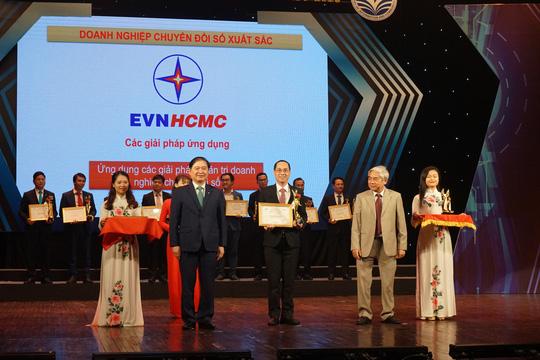 Tổng Công ty Điện lực TP HCM đạt danh hiệu Doanh nghiệp chuyển đổi số xuất sắc - Ảnh 1.