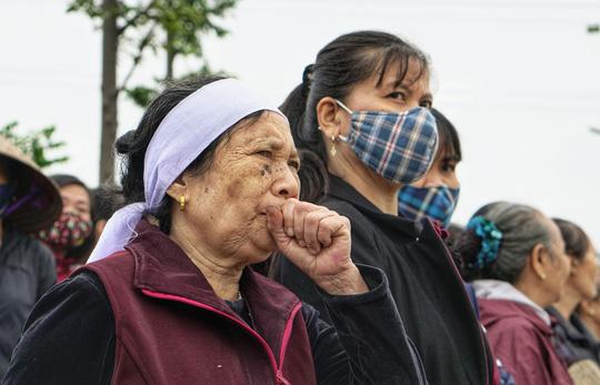 Xúc động lễ tang liệt sĩ, Thiếu tướng Nguyễn Hữu Hùng tại quê nhà - Ảnh 8.