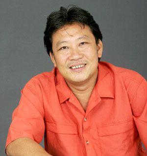 Nhạc sĩ Lê Quang phải cắt bỏ bàn chân, chờ cuộc phẫu thuật thứ 2 - Ảnh 1.