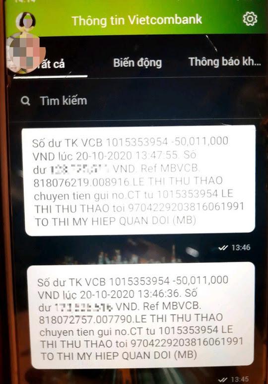 Góa phụ Rào Trăng 3 bị chiếm đoạt tiền hỗ trợ: Vietcombank tạm ứng 100 triệu đồng? - Ảnh 2.