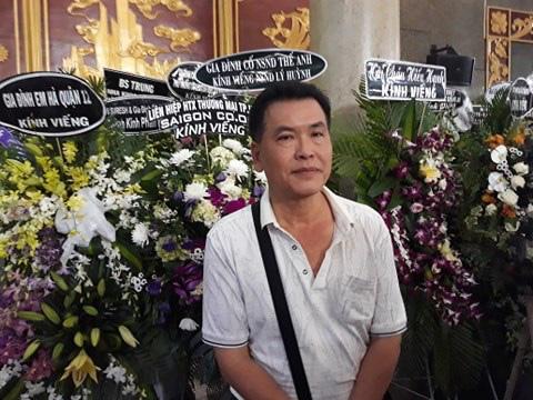 Đông đảo nghệ sĩ và người hâm mộ tiễn biệt NSND Lý Huỳnh - Ảnh 13.