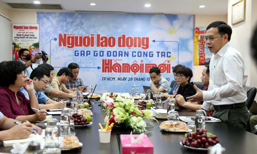 Báo Hà Nội Mới giao lưu, trao đổi kinh nghiệm với Báo Người Lao Động - Ảnh 1.