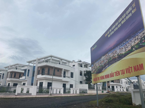 Gần 500 biệt thự, nhà liền kề xây lụi tại Đồng Nai - Ảnh 1.