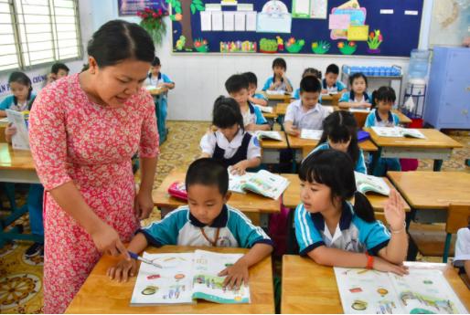 Bộ GD-ĐT: không giao bài tập về nhà cho học sinh lớp 1  - Ảnh 1.