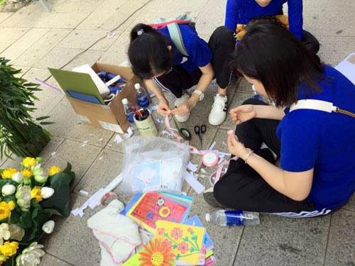 Nhiều hoạt động chào mừng ngày Nhà giáo Việt Nam - Ảnh 1.