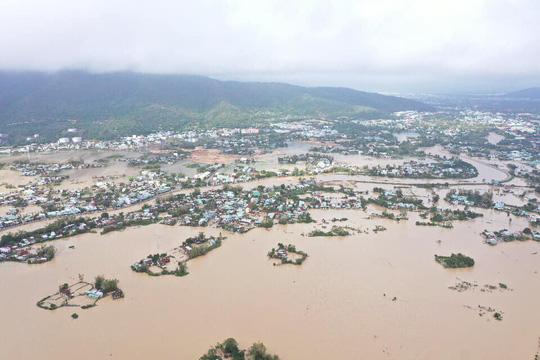Bình Định, Thừa Thiên - Huế: Nhiều nơi ngập nặng trở lại - Ảnh 3.