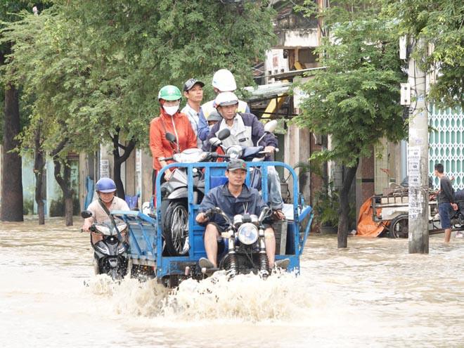 Bình Định, Thừa Thiên - Huế: Nhiều nơi ngập nặng trở lại - Ảnh 2.