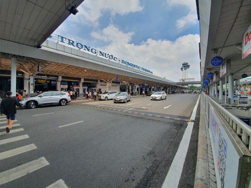 Phân luồng sân bay Tân Sơn Nhất: Chờ thêm vài ngày sẽ đâu vào đấy - Ảnh 1.