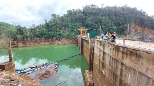 Thủy điện Thượng Nhật tích nước phát điện trái phép: Kiến nghị thu hồi giấy phép hoạt động điện lực - Ảnh 1.