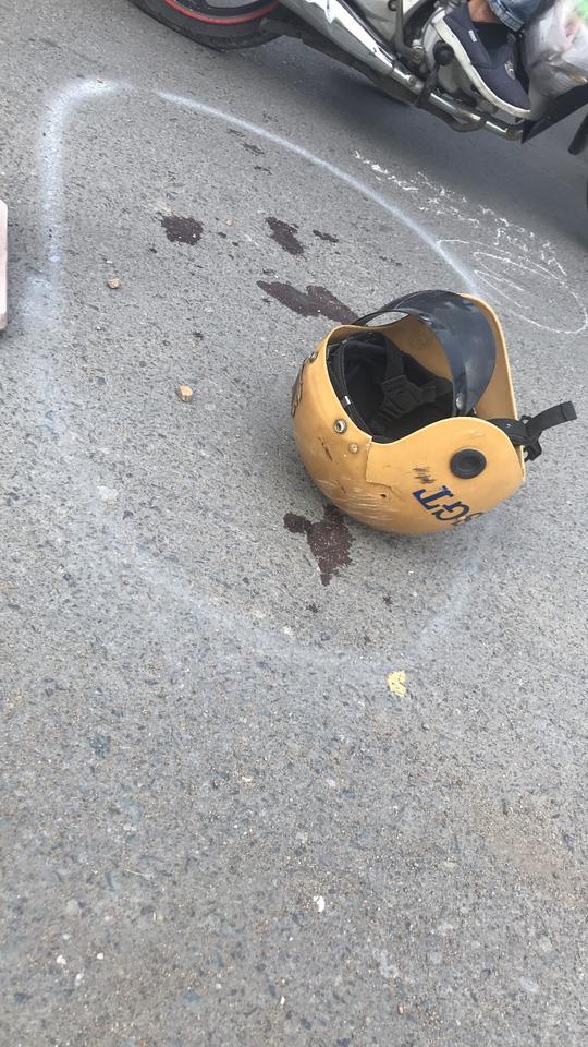 Diễn biến mới vụ 2 thiếu niên tông CSGT ở Bình Chánh trọng thương - Ảnh 3.
