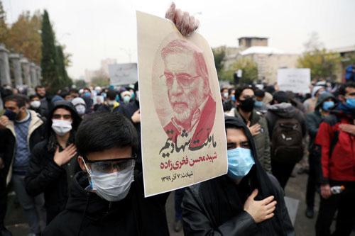 Iran tuyên bố trả thù sau vụ nhà khoa học hạt nhân bị sát hại - Ảnh 1.