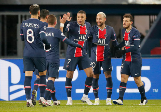Champions League: Bi kịch đại gia - Ảnh 1.