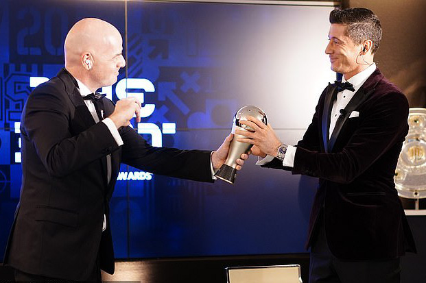 FIFA The Best 2020: Đánh bại Ronaldo và Messi, Lewandowski lên đỉnh thế giới - Ảnh 3.