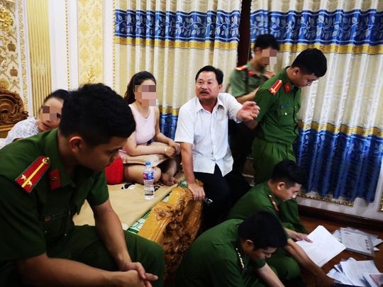 Thưởng nóng lực lượng công an trong vụ bắt giữ đại gia Thiện Soi - Ảnh 2.