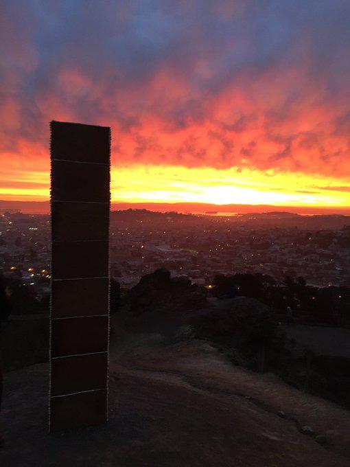 Tưởng khối kim loại bí ẩn tái xuất ở San Francisco, sự thật còn bất ngờ hơn - Ảnh 3.