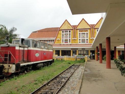 Đường sắt muốn biến nhà ga thành siêu thị, văn phòng cho thuê - Ảnh 1.