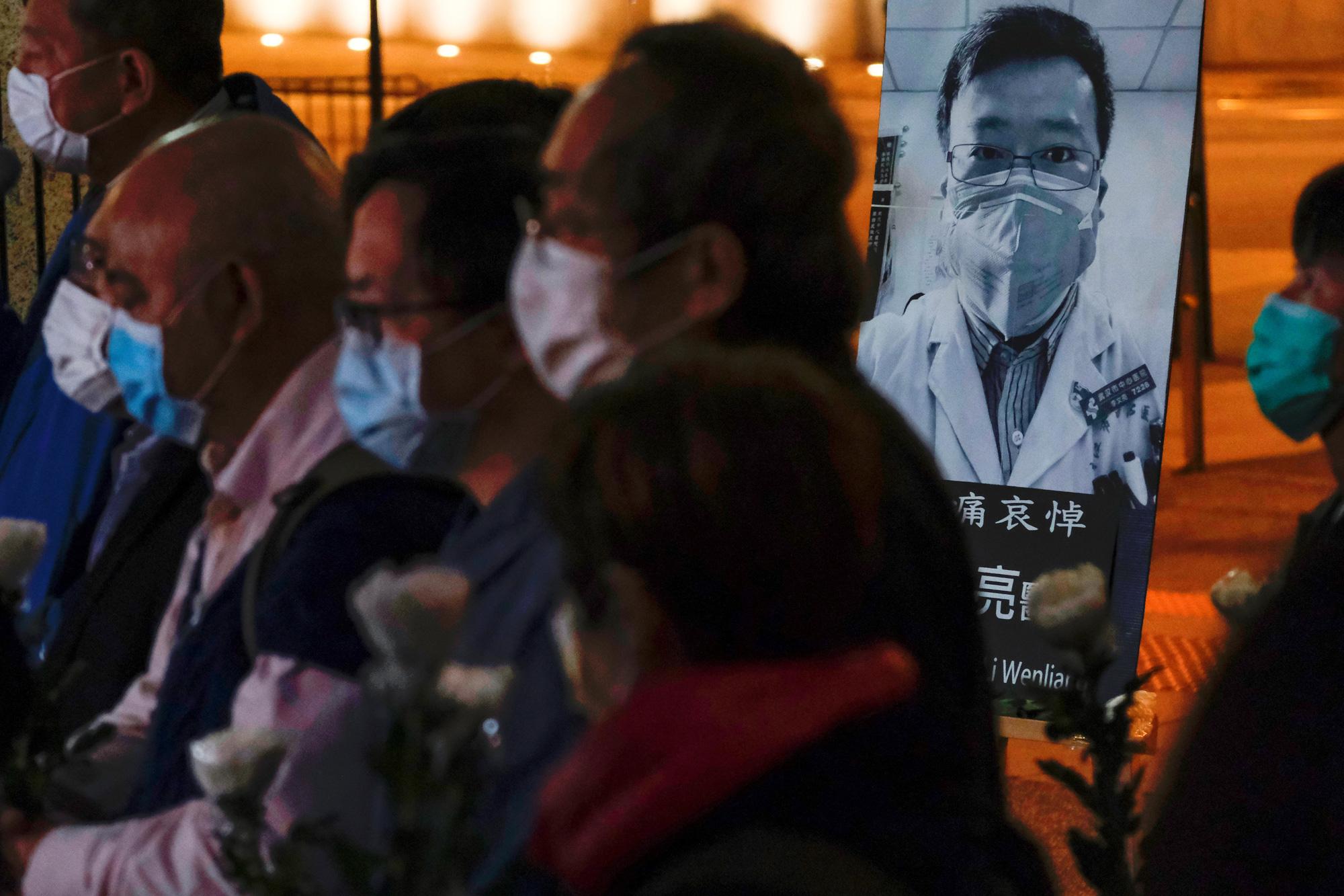 [eMagazine] - Toàn cảnh về dịch bệnh virus Vũ Hán và con số 1.355 người chết - Ảnh 12.