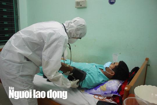 Covid-19: Ninh Thuận cách ly 5.000 người liên quan bệnh nhân thứ 61 - Ảnh 2.