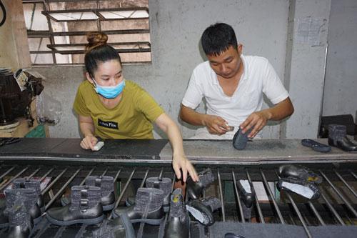 Tỉ lệ lao động tham gia BHXH đạt 32,3 % - Ảnh 1.