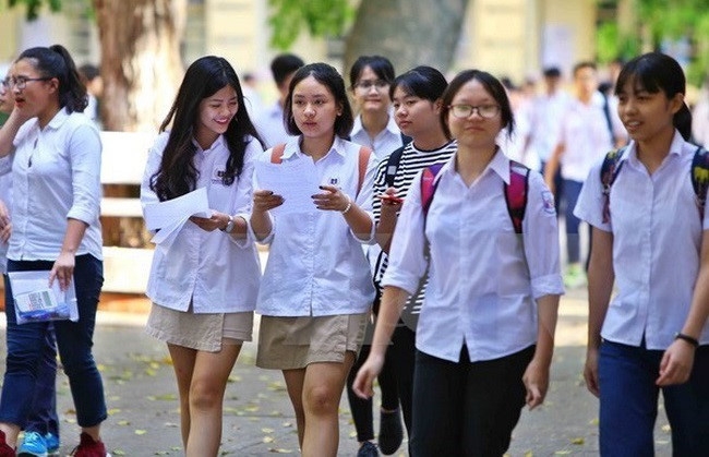 Bộ GD-ĐT đề nghị các địa phương cho học sinh đi học trở lại vào ngày 2-3 - Ảnh 1.