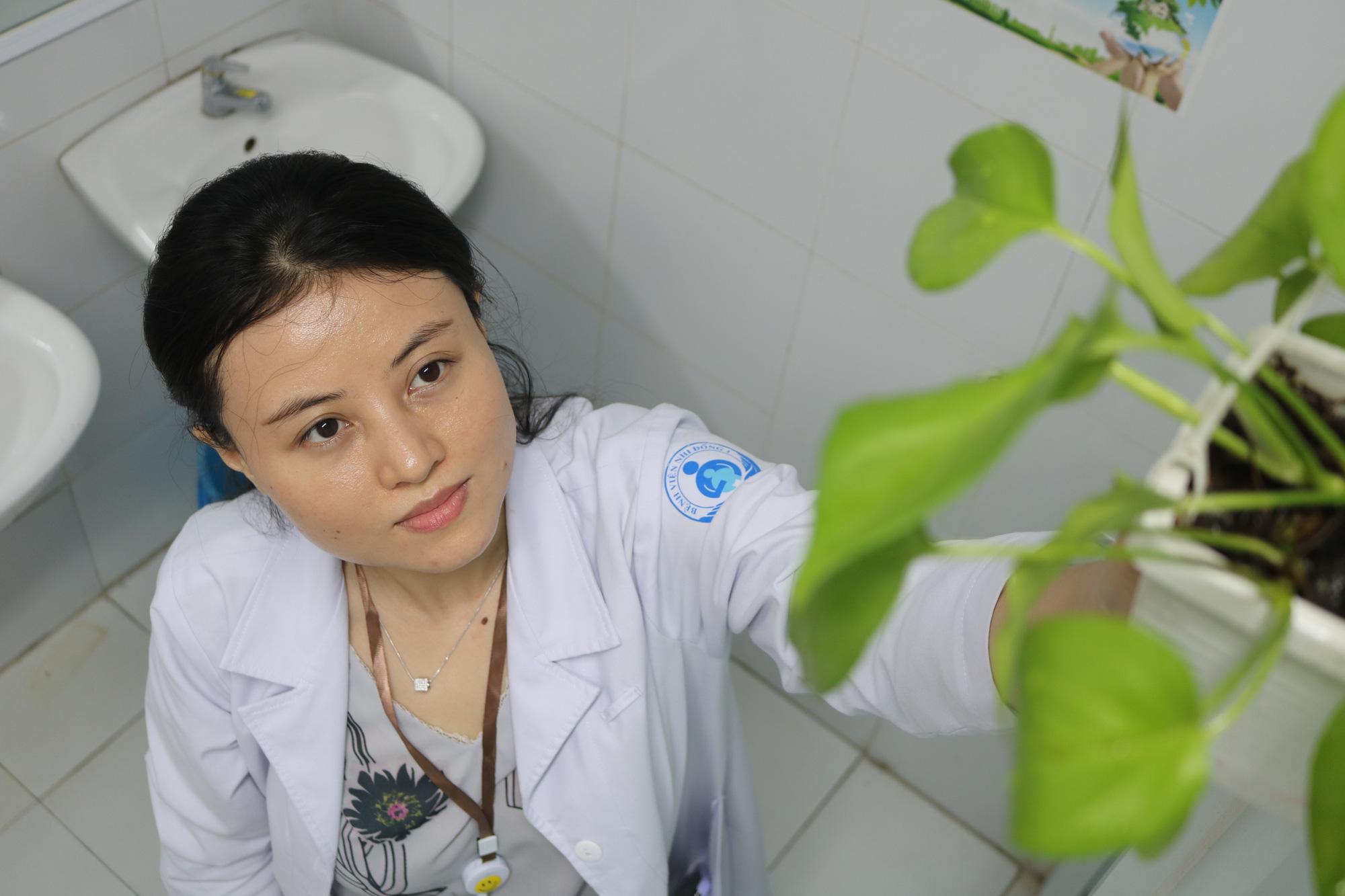 Nữ bác sĩ với khát vọng phủ xanh bệnh viện - Ảnh 2.